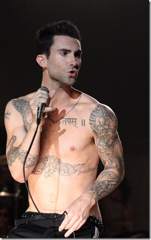 adam_levine_moves_like_jagger