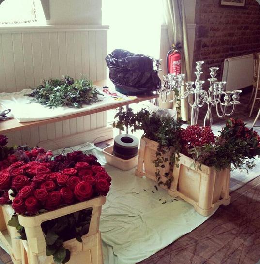 behind the scenes 542681_487668397921104_1840875542_n  pollen designs floristbourne.co.uk