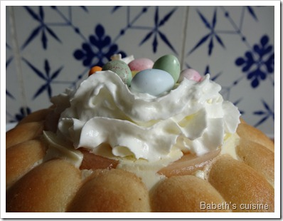 charlotte aux poires version Pâques