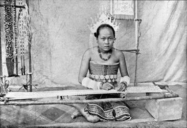 Foto antica degli Iban del Sarawak, Borneo