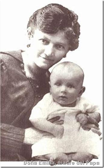Papa Juan Pablo II(su madre y él)