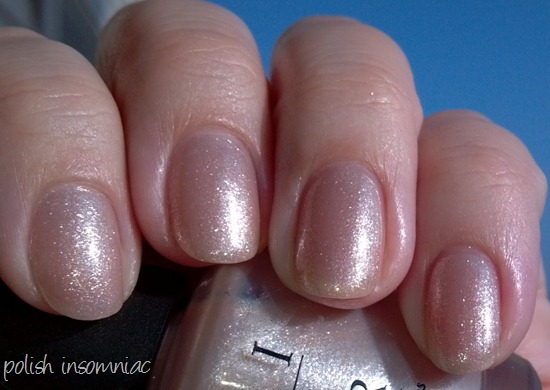 OPI Hollywood Blonde 4