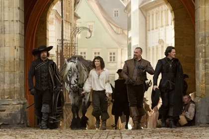 the_three_musketeers_movie_image_01-600x400