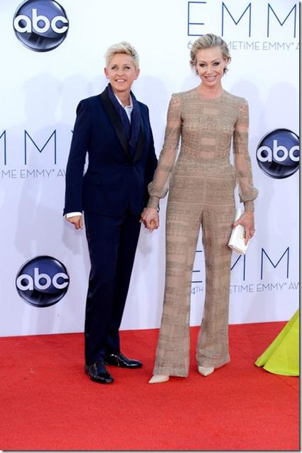 Portia de Rossi 64th Annual Primetime Emmy D-2k00toCOxl