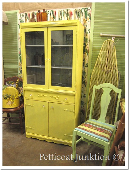 yellow-stenciled-china-painted-furniture