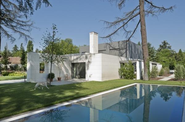 Casa moderna en madrid aravaca arquitectos aidhos arquitexs - Arquitectos interioristas madrid ...