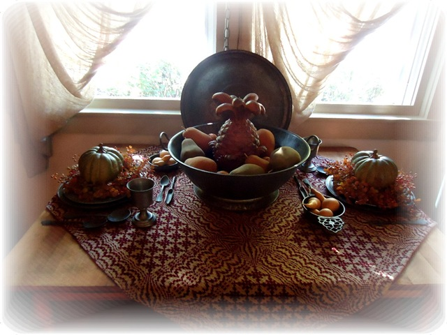 [Green%2520pumpkins%2520and%2520pewter%2520table%255B3%255D.jpg]