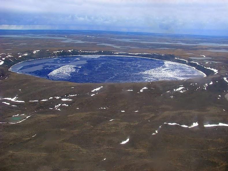 pingualuit-crater-3