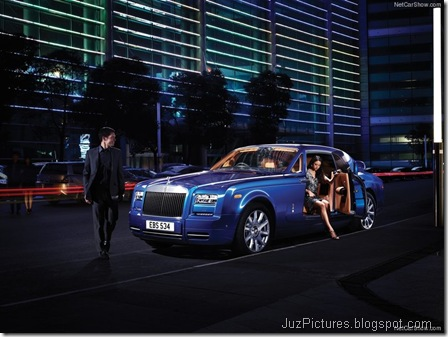 Rolls-Royce-Phantom_Coupe_2013_800x600_wallpaper_0c