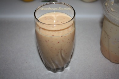 Peach-Nectarine-Yogurt Smoothie B