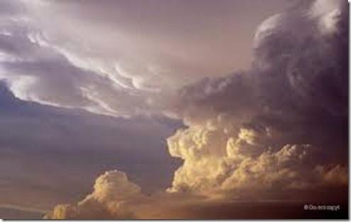imagesJPU01YMF storm 1
