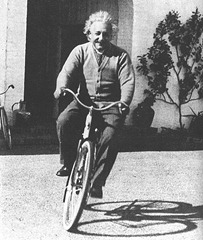 einstein-on-bike