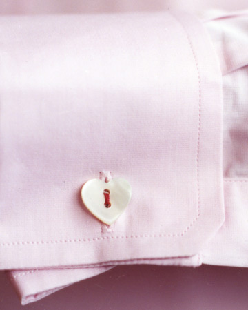 These small but chic button-heart cuff links are easy to send to a Valentine.