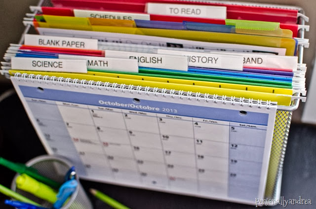 Organized Student Desk | how to set up a desktop filing system | personallyandrea.com