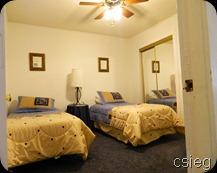 Bedroom 2 beds 1