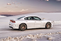 2015-Dodge-Charger-Hellcat-SRT-02.jpg