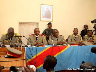 – Les juges de la haute cour militaire ce 22/07/2011 à Kinshasa, rendant l'arrêt à l'issue du procès de révision de Simon Kimbangu. Radio Okapi/ Ph. John Bompengo
