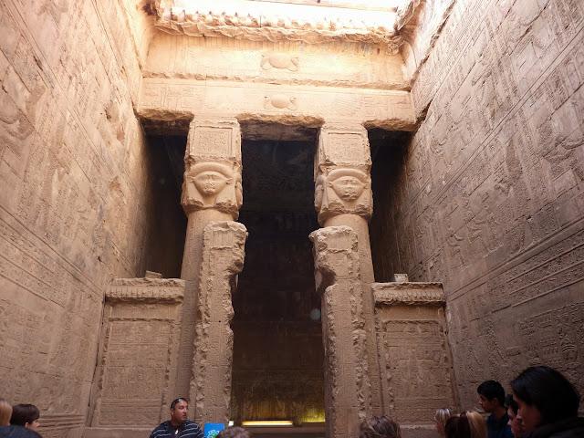 Луксор храм Хатхор