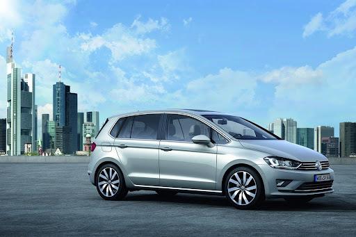VW-Golf-Sportvan-Concept-06.jpg