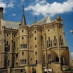 10.- Gaudí. Palacio Espiscopal de Astorga