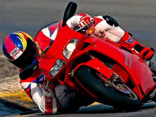 motociclismo-poli-00004.jpg