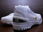 usabasketball lebron1 goldmedal 02 USA Basketball