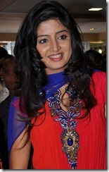 poonam_kaur_stills