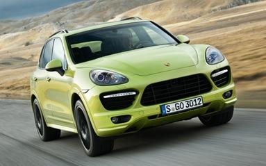 2013-Porsche-Cayenne-GTS-front-three-quarter-623x389