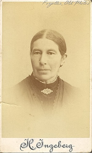 Grandmother from Norway CdV DL Antiques