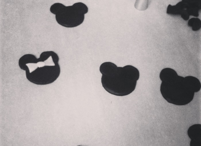 minnie-mouse-fondant-heads