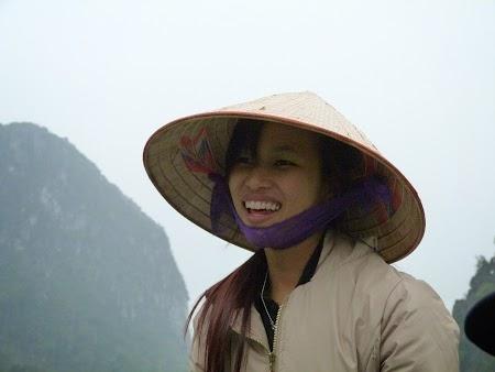14. Fata din Vietnam.JPG