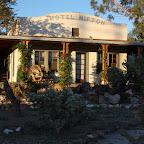 L'hôtel Nipton, à Nipton : 1 route, 1 voie ferrée, 5 habitants et 2 chats, à l'entrée du désert de Mojave. Génial.