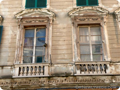 genoa-rustic-windows