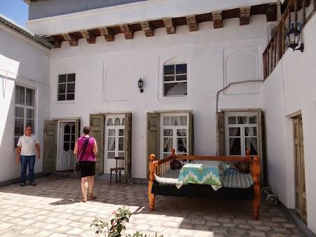 25. Casa traditionala evreiasca din Bukhara.JPG
