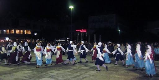 Ξεκινάει σήμερα η «Γιορτή Ρομπόλας στα Βαλσαμάτα» (10,11-8-2012)