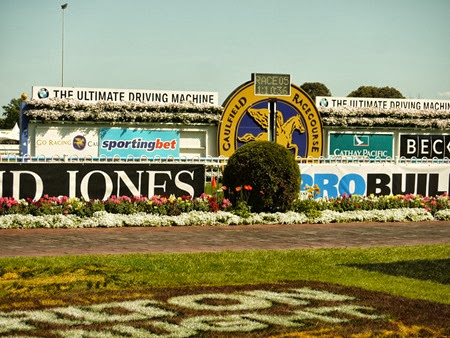 caulfield_finishing post