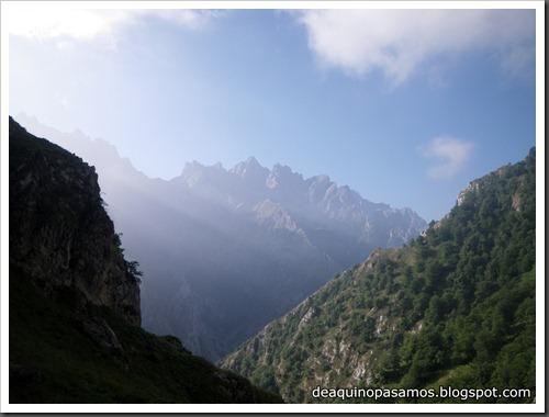 Poncebos-Canal de Trea-Jultayu 1940m-Lagos de Covadonga (Picos de Europa) 5107