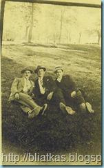 5-5-1929 Στο Πάρκο της Νάουσας Κυριακή της Λαμπρής.
