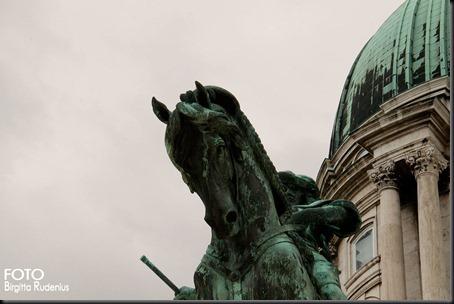 statue_20120330_horse3