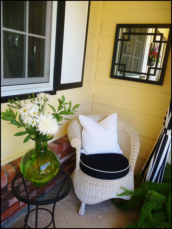 Summer front porch 2012 015