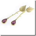 garnet-gold-earrings-n-1
