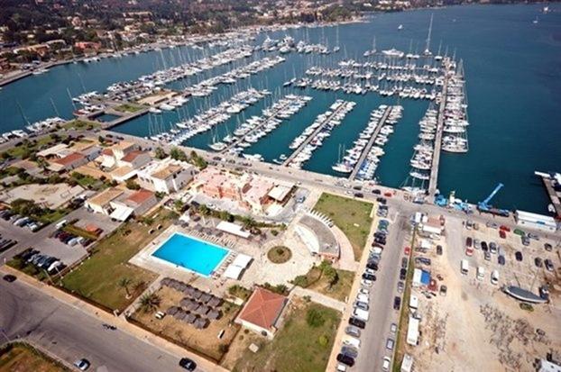 Στο λιμάνι της Κέρκυρας το πρώτο υδατοδρόμιο στο Ιόνιο