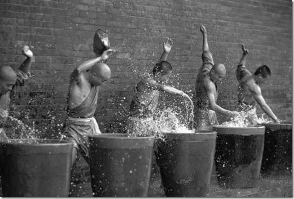 shaolin-monks-training-008
