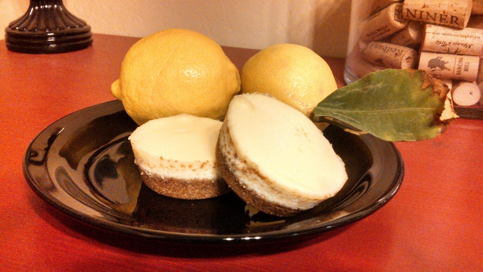 Hot Dog It's a Food Blog: Lemon Goat Cheese Cheesecake