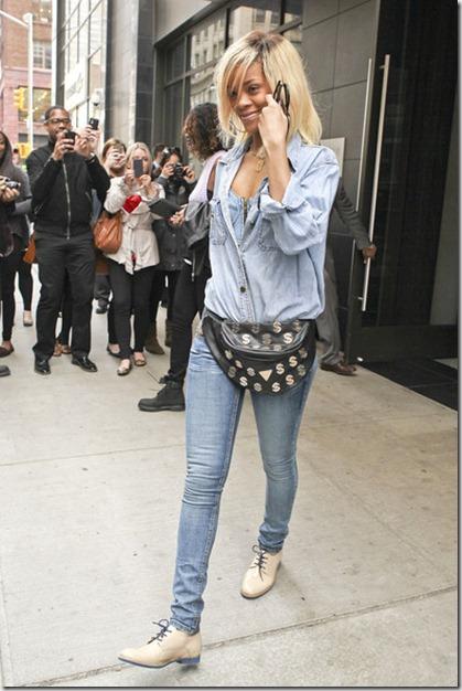 Rihanna Rihanna Rocks Denim NYC 5 dKkF-IYOIFOl