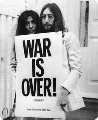 lennon yoko war is over - Priscila e Maxwell Palheta