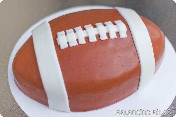 Football Cake-Balancing Bites