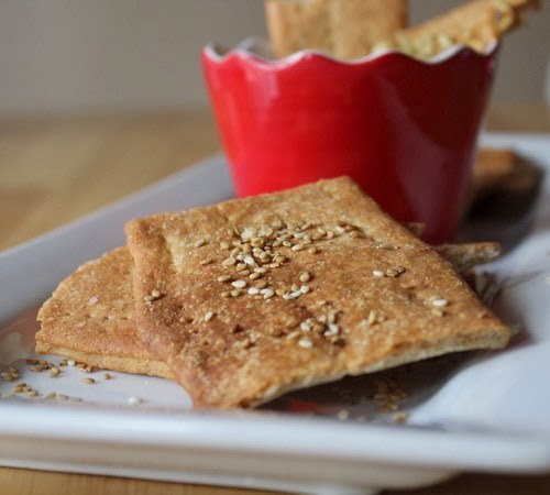 Sesame Spelt Crackers with Hummus