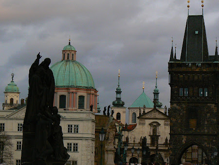 Obiective turistice Praga:  Podul Carol Praga