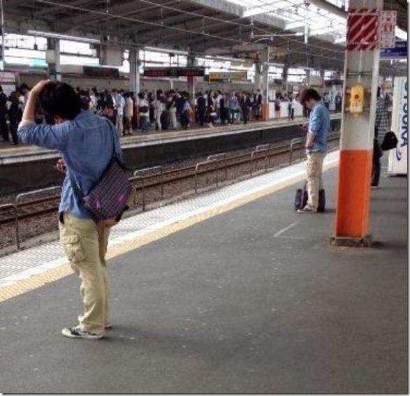 japanese-same-clothes-1